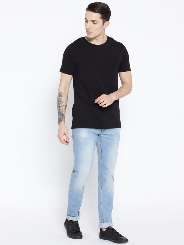 Black Tshirts with light blue jeans outfits for mens