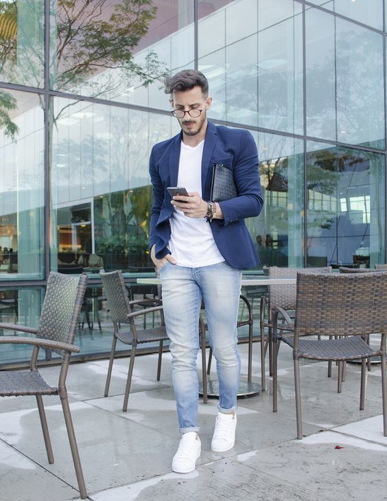 Blue Blazer and white tshirt with light blue jeans outfits for mens