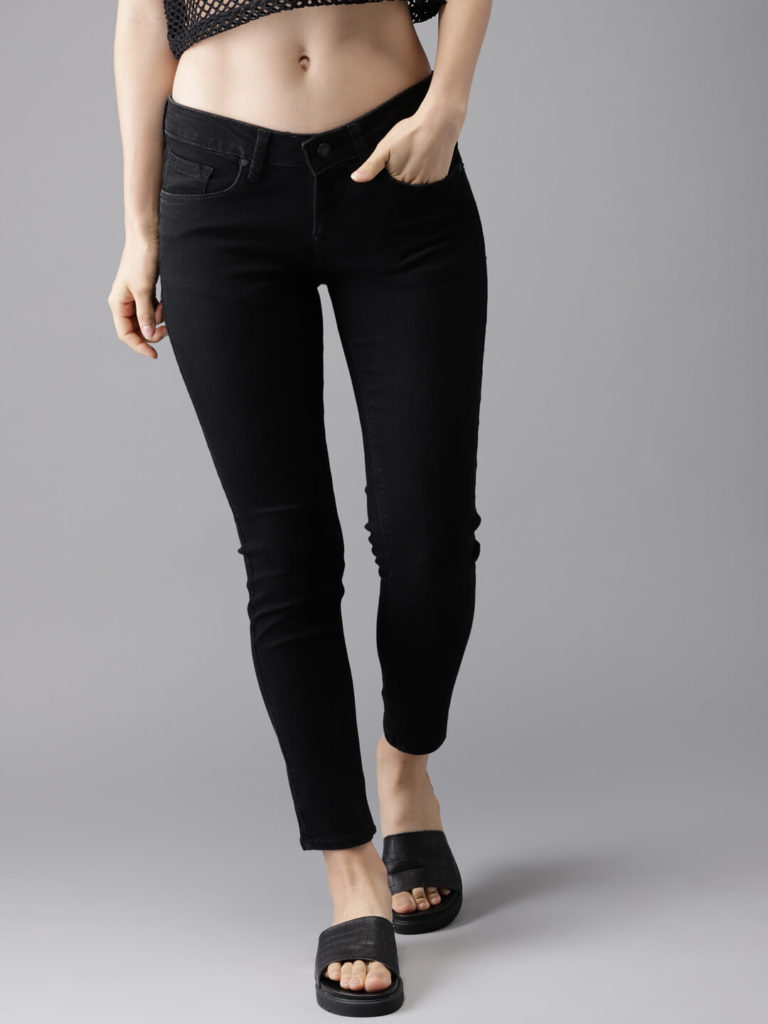HERENOW Women Black Skinny Fit Mid Rise Clean Look Stretchable Jeans