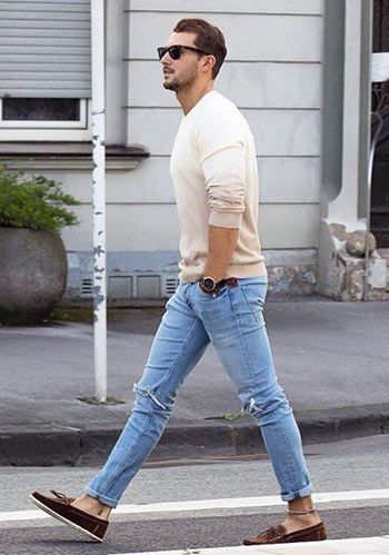 Long Sleeves Tshirts with light blue jeans outfits for mens