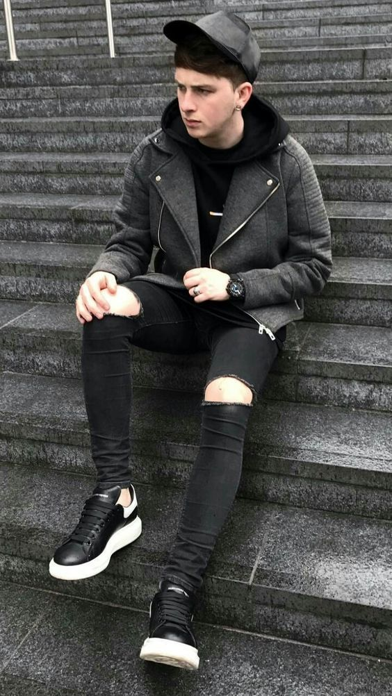 BLACK RIPPED SKINNY DENIM JEANS